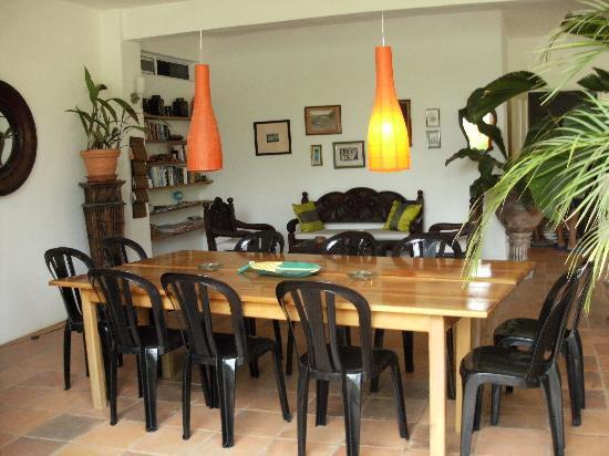 Hotel Horizontes de Montezuma: Open air dining.