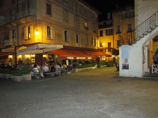 Santa Caterina: Orta San Giulio by night
