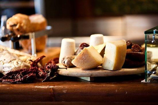Il Wine Bar: Le nostre selezioni di salumi e formaggi pregiati