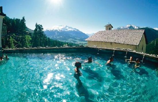 hotel bagni vecchi la vasca esterna in roccia che meraviglia