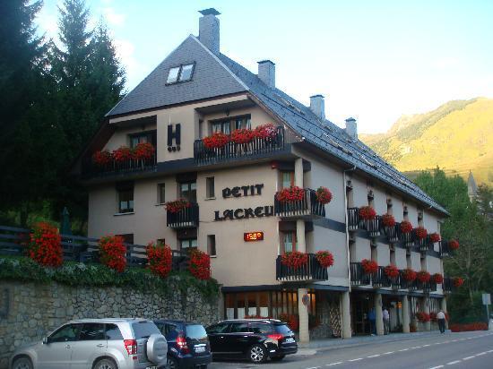 Hotel Lacreu: Petit La Creu