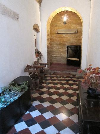 Residenza d'Epoca Palazzo Buonaccorsi: Entrance to the Palazzo