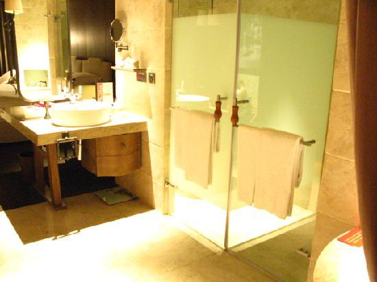 パレ・デ・シン(君品酒店), 浴室のあたり