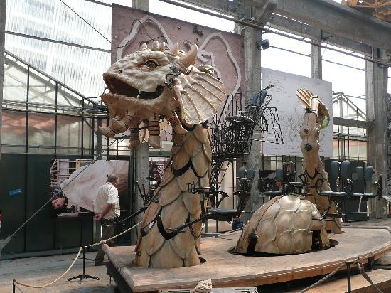 Nantes, France : Serpent des mers