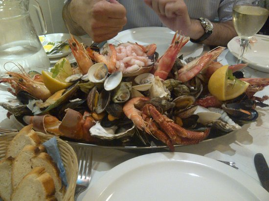 Bistro Rosa: Seafood Platter for two
