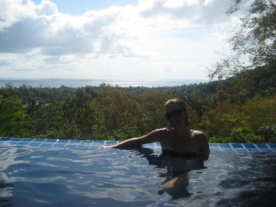The Place Luxury Boutique Villas : Infinity pool, with the best view on the island