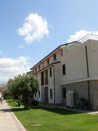 Residence Oliveto a Mare: Vista d'insieme