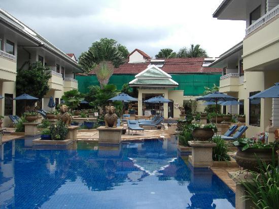 ฮอลิเดย์ อินน์ รีสอร์ท: Private Poolvillas