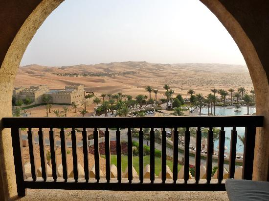 Qasr Al Sarab Desert Resort by Anantara : View from the balcony
