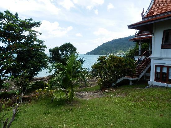 Khanom Hill Resort: Blick vom Resort zum Meer