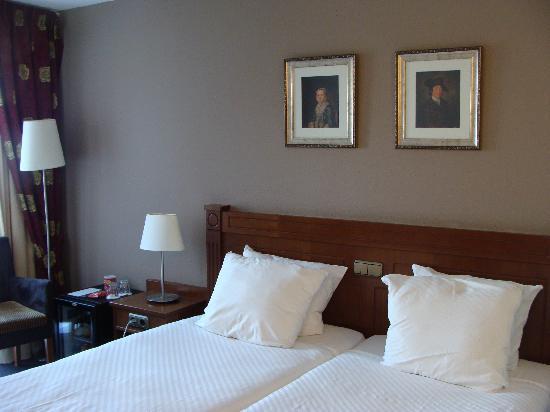 Amrath Grand Hotel Frans Hals: Our room