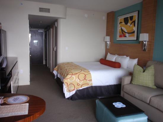 Bay Lake Tower at Disney's Contemporary Resort: The room