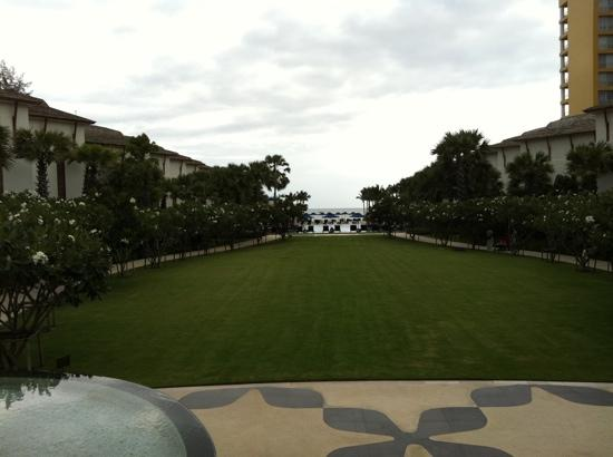 Intercontinental Hua Hin Resort: beach view