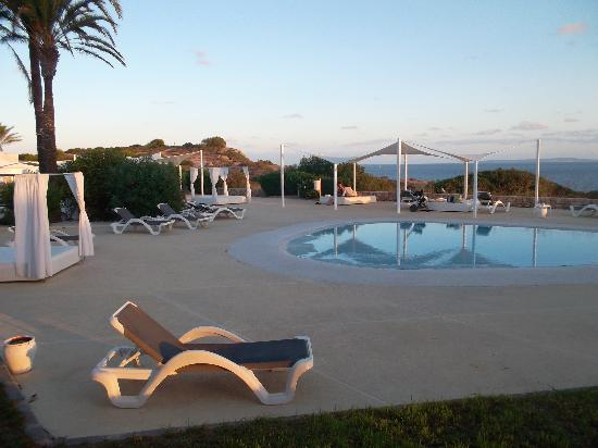 The One Ibiza: area piscina