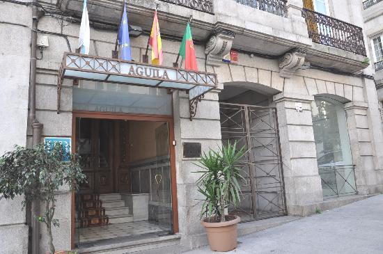 Hotel Aguila: La fachada