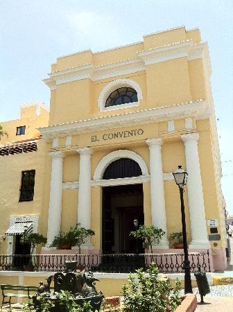 Hotel El Convento: Main Entrance
