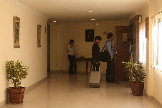 Hotel Hanuwant Palace: lift