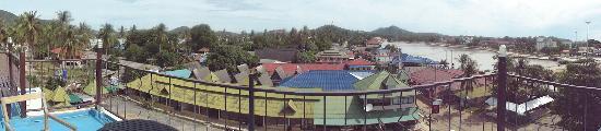 D Varee Diva Avenue Samui: View from pool
