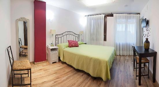 """Hotel Valdelinares : Habitación """"Míqueles"""""""