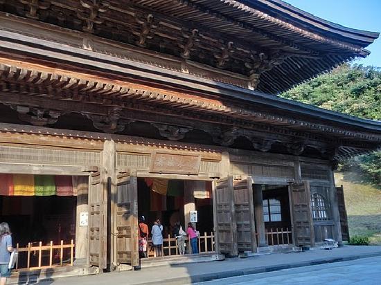 建長寺, 仏殿