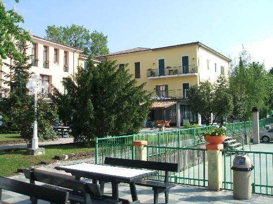Park Hotel Jolanda: garden
