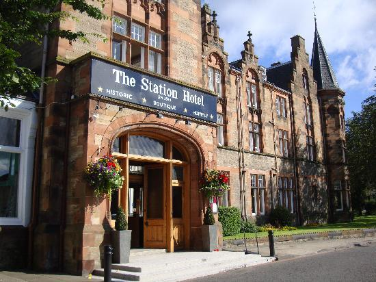 The Station Hotel, Perth, Main Entrance