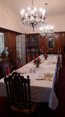 Cedar Gables Inn: Dinning Room at the inn