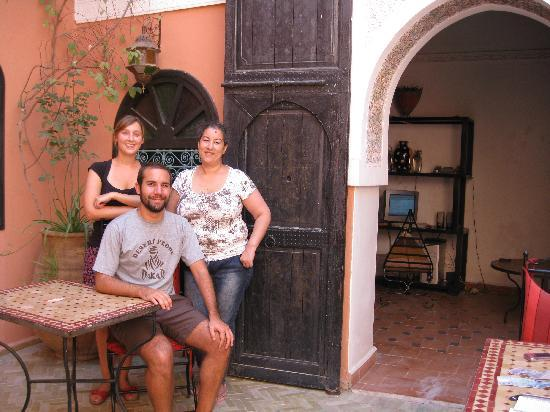 Riad La Perle de Marrakech: Both of us with the host Soulia