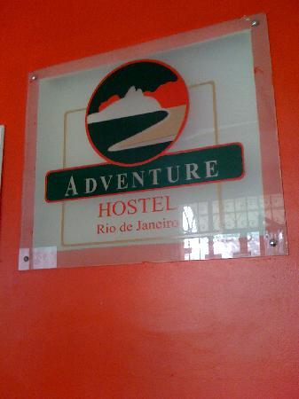 Adventure Hostel: CUADRO EN LA SALA DE ESTAR
