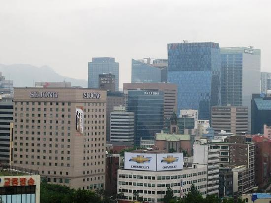International Seoul Youth Hostel: View from the rooftop cafe