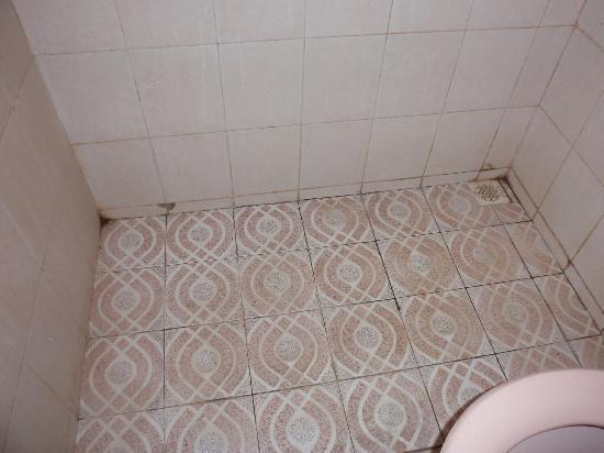 Hotel Elen: Bathroom