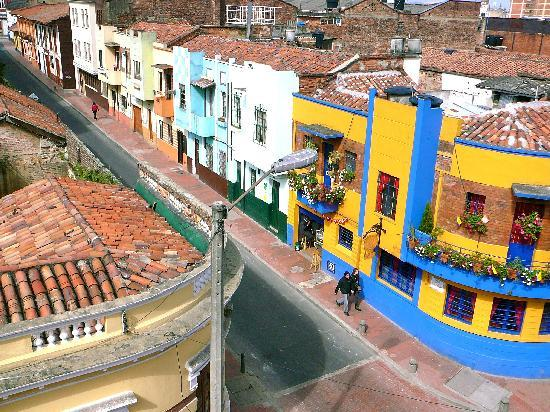 Hotel Casa Deco : The street in front of Casa Deco, viewed from the rooftop deck at Casa Deco.