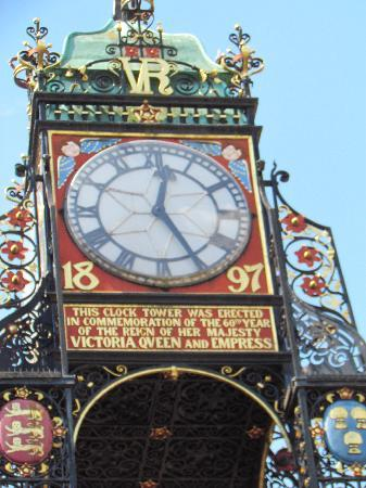 Ba Ba Guest House : The Clock, Chester