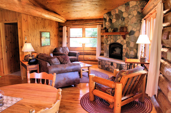 Bearskin Lodge : Stone fireplace in living room, Cabin 9