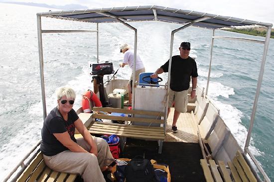 Palmlea Farms Lodge & Bures: Auf hoher See - Ausflug der Küste entlang