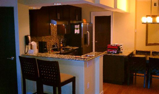 Bluegreen Fountains Resort : Kitchen area