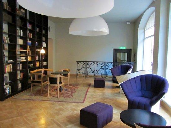 Отель Neiburgs: Hotel Lobby