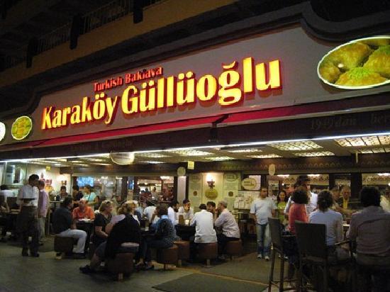 karaköy güllüoğlu baklava fiyatları ile ilgili görsel sonucu