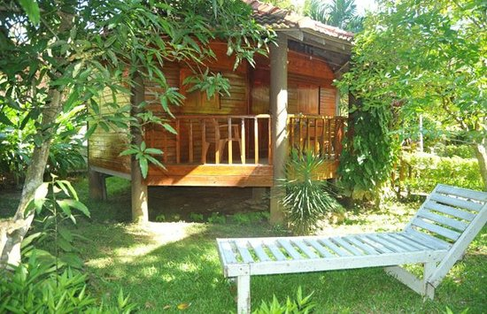Calm Rest Guest House Mirissa: Cabanas which is perfect to stay....