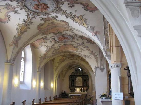 St. Gangolf: side beach and prayer chapel