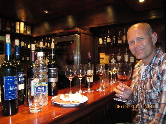 Sam's Giardino: Winetasting at Sams