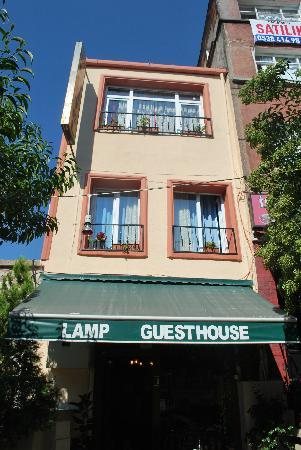 Lamp Hotel: lamp guesthouse