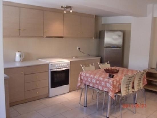 Anemomilos Suites: livingroom