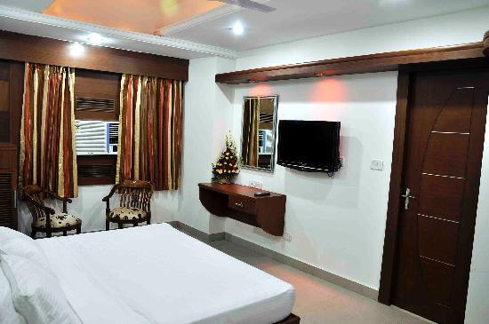 Hotel Sarthak Palace: Executive Room