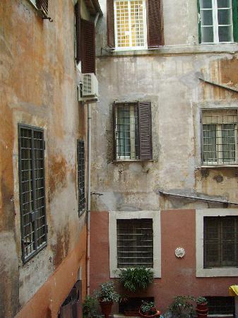 La Residenza dell'Angelo: Residenza dell Angelo, Blick aus dem Fenster