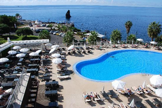 Melia Madeira Mare Resort & Spa: the pool