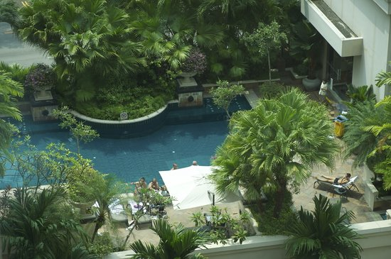 Swimming pool picture of grand park city hall singapore for Garden city swimming pool