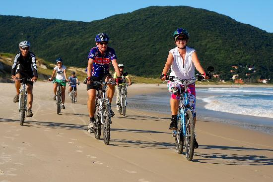 Caminhos Do Sertao Cicloturismo: Hard packed sand beaches are great to ride