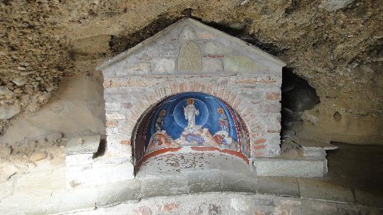 เมทิโอร่า: One of the many frescos