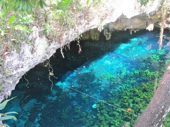 Grand Cenote: the entrance